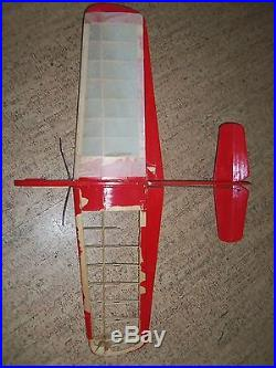 9 Vintage Control Line Model Airplanes with extra Engines