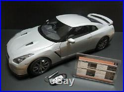 EAGLEMOSS Nissan R35 GT-R 1/8 scale model For parts (mn303)