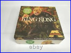 KING KONG Aurora 1972 GLOW IN THE DARK MODEL KIT Mint parts on trees