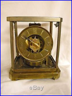 LeCoultre Atmos Round Face Mantel Clock Model 528-6 15 Jewels FOR PARTS