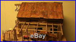 MODEL CAR JUNKYARD 1/24-1/25 BUILT WEATHERED BARN with LIGHTS