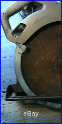 Makita 415 mm Beam Circular Saw Model 5402-A for Parts or Repair As is