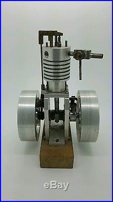 Model Hit And Miss Engine Vertical Gas Engine Machined From Castings