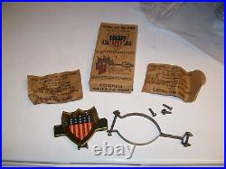 Original 1920 s- 1930s Vintage auto Radiator US Flag bracket nos Ford chevy gm