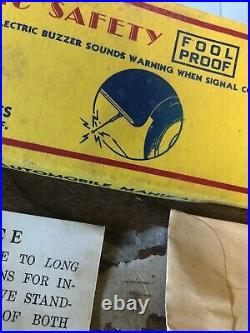 Pair of Electric Vintage Accessory Auto Parts NOS in box