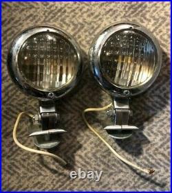 Pair of NOS Vintage Original Auto Parts Rear / Front Light Part