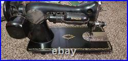 SINGER SEWING MACHINE MODEL 15-91 original instructions and parts vintage 1950s