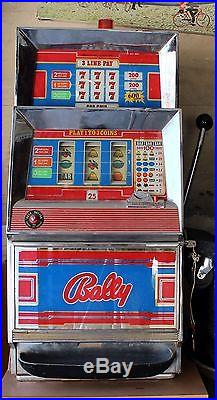 VINTAGE BALLY 25cent 3 Line Slot Machine FOR PARTS With Stand. Model 831 pickupNJ