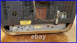 Vintage 1956 Zenith Television Tv Model Y1812r For Parts Or Restoration
