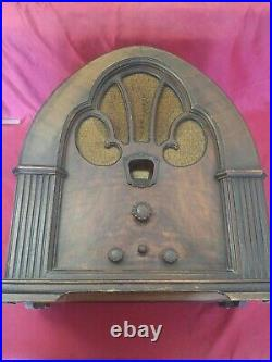 Vintage Philco 1931 Cathedral Tube Radio Model 90, For Parts or Repair